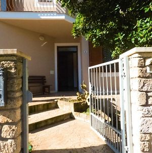 Apartment With 2 Bedrooms In Cuglieri With Furnished Terrace 13 Km From The Beach photos Exterior