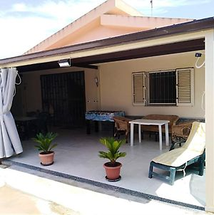 House With 3 Bedrooms In Menfi With Wonderful Sea View And Enclosed Garden 1 Km From The Beach photos Exterior