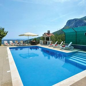 Villa With 4 Bedrooms In Solin With Wonderful Sea View Private Pool Enclosed Garden 5 Km From The Beach photos Exterior