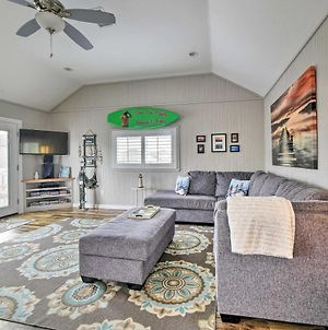 Pet-Friendly Cottage With Grill & Yard, 5Mi To Beach! photos Exterior