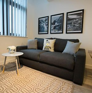Upscale Apartment In Liverpool Near Royal Albert Dock photos Exterior