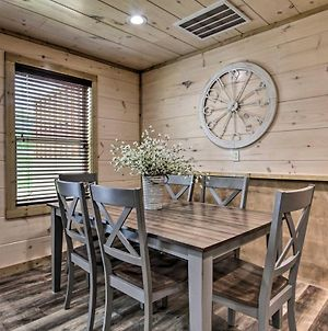 Rustic Mtn Retreat 1 Mi To Pigeon Forge Parkway! photos Exterior