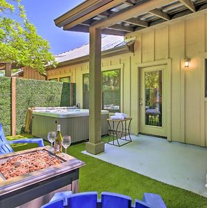 Romantic Wine Country Escape With Hot Tub And Patio! photos Exterior