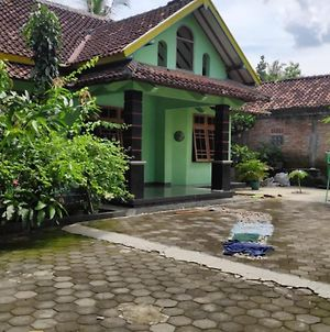 Akar Wangi 1 Homestay photos Exterior