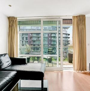 Bright & Modern Apartment Thames View 5 Guests photos Exterior
