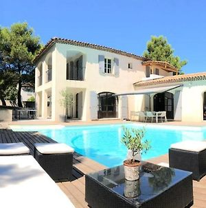Villa With 5 Bedrooms In Mallemort With Private Pool Enclosed Garden And Wifi photos Exterior