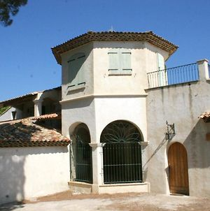 House With 5 Bedrooms In Sainte Maxime With Wonderful Sea View Furnished Garden And Wifi 500 M From The Beach photos Exterior