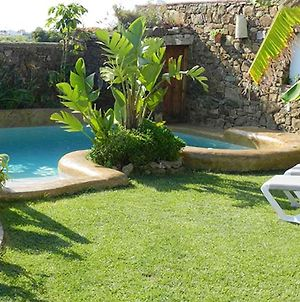 Apartment With 2 Bedrooms In Conil De La Frontera With Shared Pool Furnished Terrace And Wifi photos Exterior