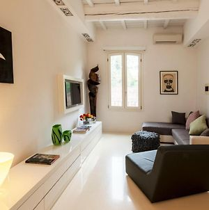 Charming Flat In The City Center photos Exterior