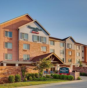 Towneplace Suites By Marriott Fayetteville North photos Exterior