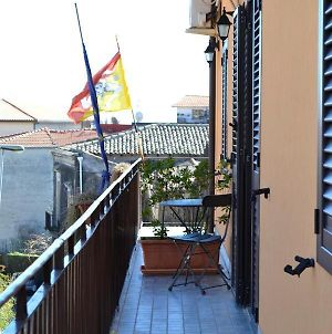 Apartment With One Bedroom In Nicolosi With Furnished Balcony And Wifi 15 Km From The Beach photos Exterior