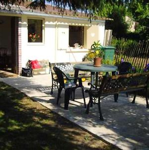House With One Bedroom In Treigny With Enclosed Garden photos Exterior