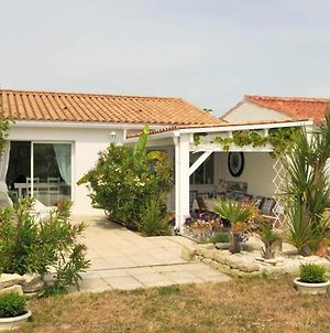 House With 3 Bedrooms In Sainte Marie De Re With Enclosed Garden And Wifi 50 M From The Beach photos Exterior