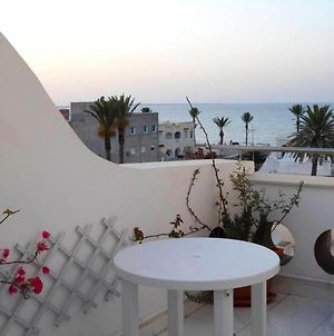 Apartment With 4 Bedrooms In Mahdia With Wonderful Sea View Furnished Terrace And Wifi 100 M From The Beach photos Exterior