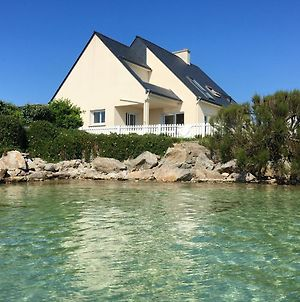 House With 3 Bedrooms In Roscoff With Wonderful Sea View Furnished Garden And Wifi 50 M From The Beach photos Exterior