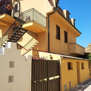 Apartment With 4 Bedrooms In Lido Rossello With Wonderful Sea View Enclosed Garden And Wifi photos Exterior