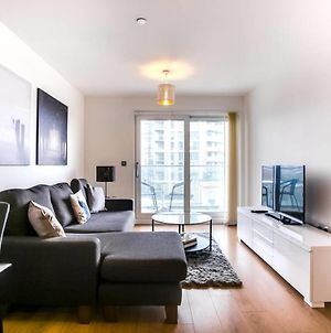 Guestready - 2-Bdr Apartment With Balcony By The Thames photos Exterior