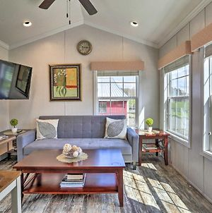 Country Cottage With Private Deck, Near Hiking! photos Exterior
