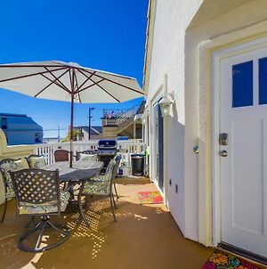 Stroll To The Beach From This Remodeled Family Beach Home photos Exterior
