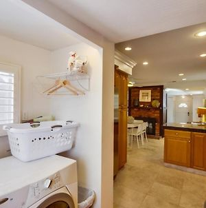 Private Beach Home W/ Jacuzzi, Bbq, Enclosed Front Patio! photos Exterior