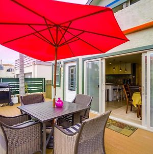 Spacious Sunny Side Beach Condo, Ac, Front Deck! photos Exterior