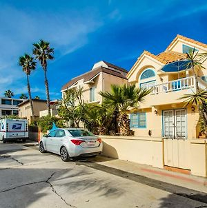 Sunny Family Beach Home, Meticulously Maintained With Ac, Garage Parking photos Exterior
