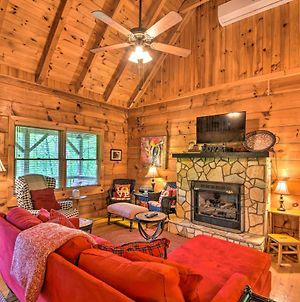 Secluded Smoky Mtn Cabin With Hot Tub And Fire Pit photos Exterior