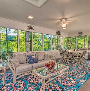 The Crystal House With Sunroom And Golf Green Views! photos Exterior