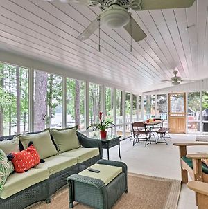 Upscale Home W/ Deck - Walk To Allatoona Lake photos Exterior