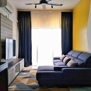 Mutiara Height @ Kajang - Comfy House To Enjoy! photos Exterior
