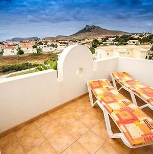 Apartment With One Bedroom In Porto Santo, With Wonderful Sea View, Furnished Terrace And Wifi photos Exterior