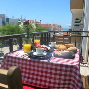 Apartment With 2 Bedrooms In Nazare With Wonderful Sea View And Wifi 500 M From The Beach photos Exterior