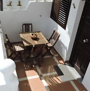 Apartment With 2 Bedrooms In Arrieta With Furnished Terrace And Wifi 300 M From The Beach photos Exterior