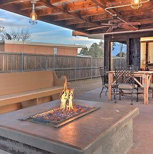 Rustic Farm Home With Patio, Grill And Fire Pit By Ttu! photos Exterior