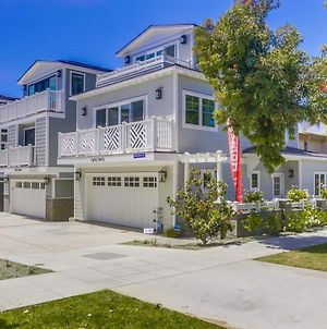 Coastal Modern Luxury Home With A/C, Large Garage, Walk To All! photos Exterior
