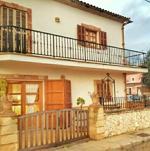 House With 3 Bedrooms In S'Illot-Cala Morlanda, With Furnished Terrace And Wifi - 600 M From The Beach photos Exterior
