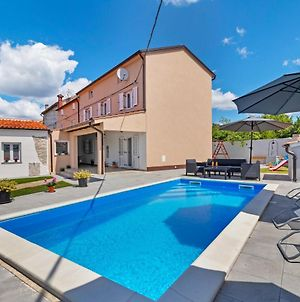 Comfy Holiday Home In Smoljanci With Private Terrace photos Exterior