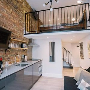 Superb Mezzanine W Classy Buildings View Balcony photos Exterior