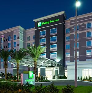 Holiday Inn & Suites Orlando - International Dr S photos Exterior