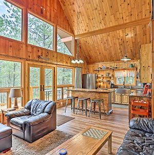 Central Black Hills Cabin With Loft And Wraparound Deck photos Exterior