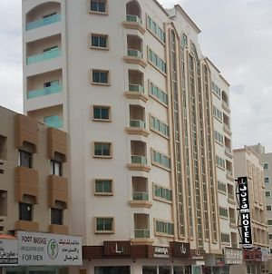 Almaniya Hotel Apartments L L C photos Exterior
