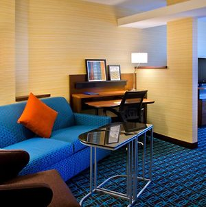 Fairfield Inn & Suites By Marriott Watertown Thousand Islands photos Room