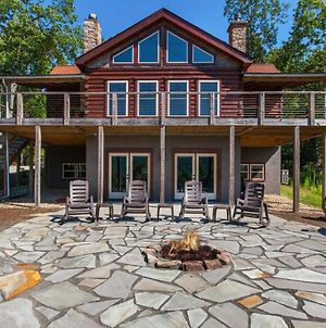 Mountain-View Cabin Retreat With Hot Tub & Firepit Cabin photos Exterior