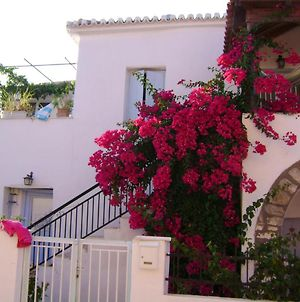 House With 3 Bedrooms In Methoni With Enclosed Garden And Wifi 4 Km From The Beach photos Exterior