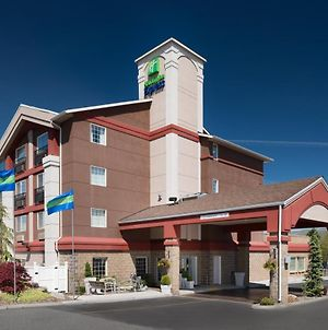 Holiday Inn Express Wenatchee photos Exterior
