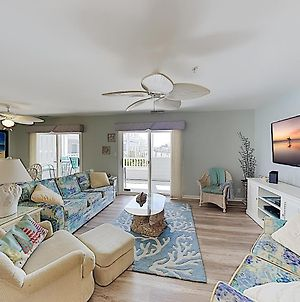 Walk To Beach! Bayfront End Unit W/ Pool & Patio Condo photos Exterior