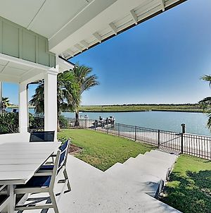 Upscale Home In The Reserve At St. Charles Bay! Home photos Exterior