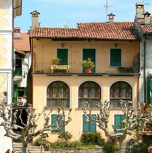 Heritage Mansion In Isola Superiore With Picturesque View photos Exterior
