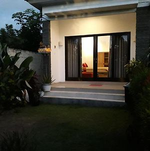 Jumahe Homes Located On Central Bukit In South Kuta Which Surrounded By Beach photos Exterior