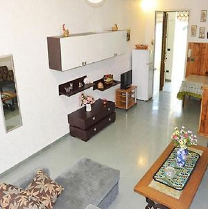 Holiday Home With Air Conditioning Balcony And Terrace Parking Available Pets photos Exterior